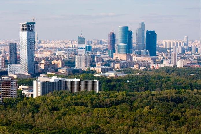 Сколько жилых домов в Москве